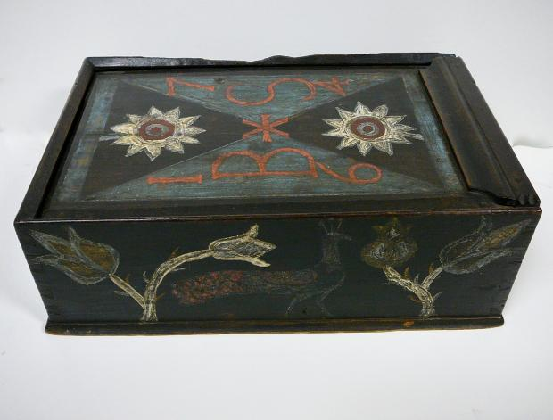 1764 Pennsylvania Slide Lid Box