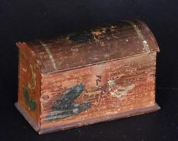 Scandinavian Painted Dome Lid Box
