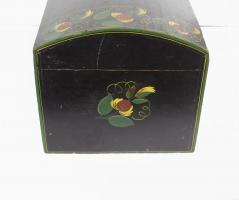 Dome Lid Box With Vibrant Paint Decoration